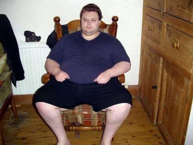 Άνδρας 210 κιλών έγινε κούκλος σε 18 μήνες (pics)