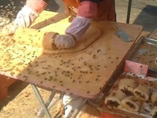 Καλύτερα να μην τρως από πλανόδιους στην Κίνα (βίντεο)