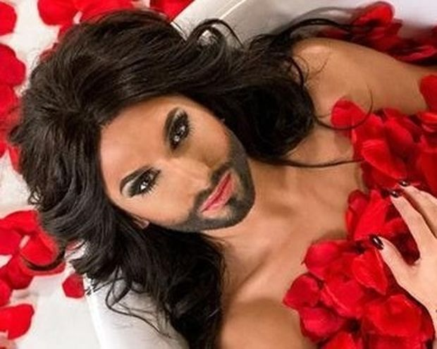 VIDEO: Δείτε πώς ήταν πριν γίνει η γυναίκα με τα μούσια η Conchita Wurst