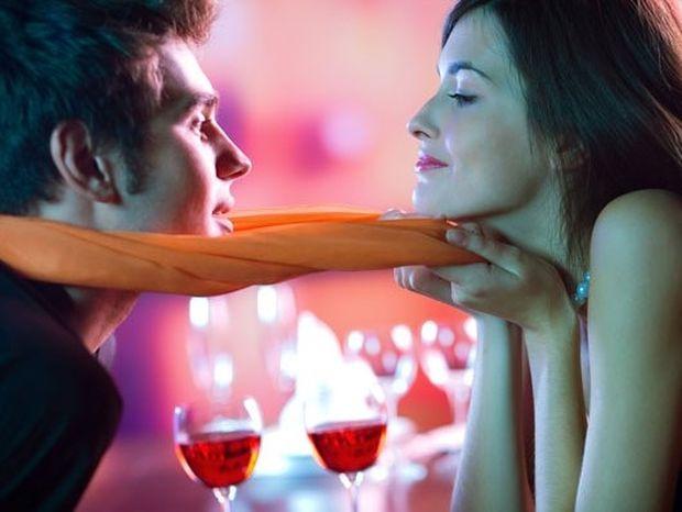 Αυτά είναι τα 7 λάθη που κάνουν οι γυναίκες όταν φλερτάρουν