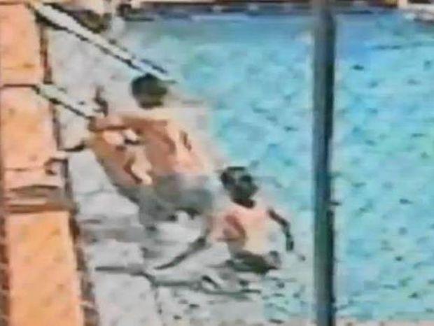 Συγκλονιστικό video: Παιδιά έπαθαν ηλεκτροπληξία κάνοντας μπάνιο σε πισίνα!
