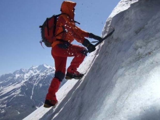 Δείτε τι ανακάλυψε κάνοντας ορειβασία και έγινε... ΠΑΜΠΛΟΥΤΟΣ!