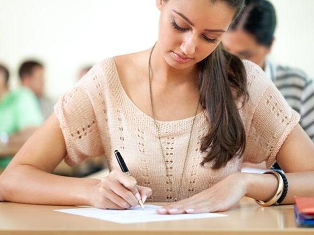 Πανελλήνιες εξετάσεις 2014: Οι τάσεις για τις 10/6