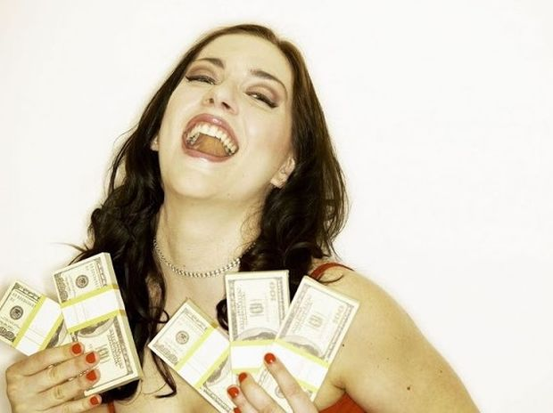 Πως το χρήμα αλλάζει τους ανθρώπους! Ένα βίντεο που αξίζει να δείτε...
