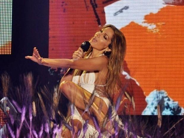 Ζώδια και αστέρια: «Γυναίκα καλλιτέχνης της χρονιάς» η Δέσποινα Βανδή στα MAD VMA 2014