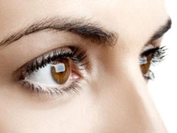 Ψυχοσωματικά: Μπορεί το στρες να χτυπάει και στα μάτια;