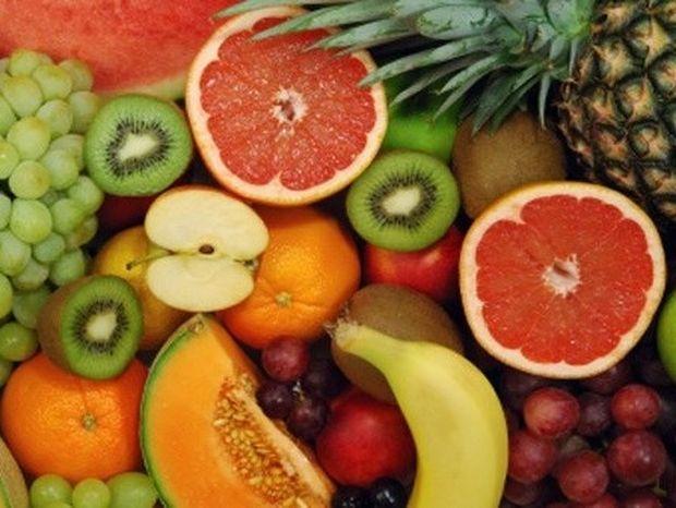 Τα φρούτα παχαίνουν γιατί έχουν ζάχαρη