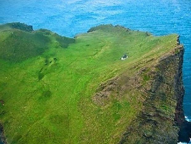Αυτό το νησί έχει κάτι το ξεχωριστό! Δείτε τι!