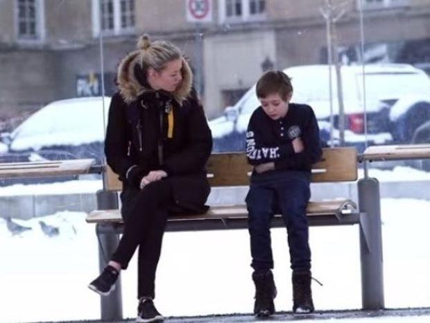 Θα δίνατε το παλτό σας σε ένα παιδί που κρυώνει; (video)