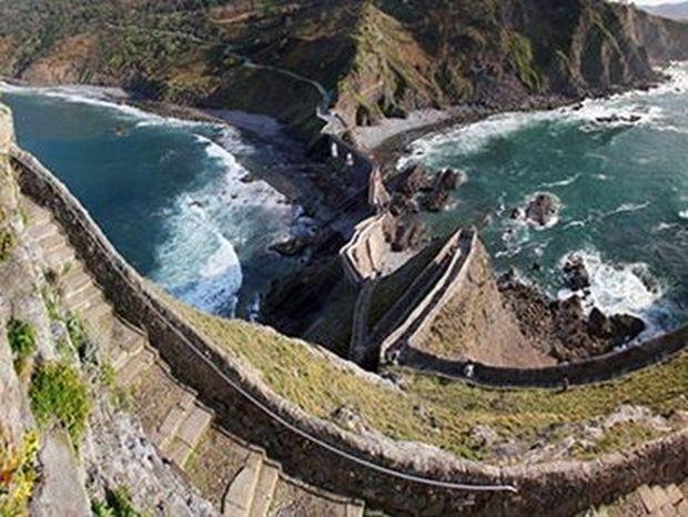 Οι 10 πιο τρομακτικές σκάλες στον κόσμο