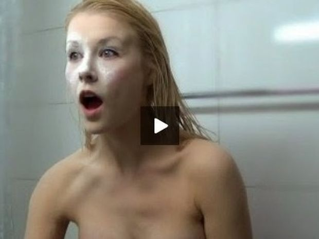 Η χειρότερη φάρσα που μπορούν να σου κάνουν μετά το μπάνιο!