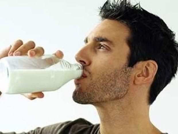 Γάλα: Πόσο απαραίτητο είναι για τους ενήλικες;