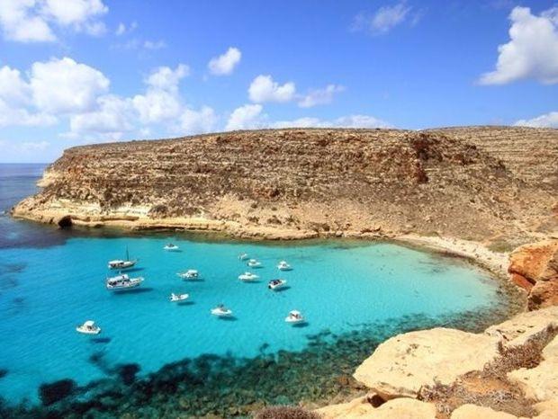 Rabbit beach: Δείτε μία από τις καλύτερες παραλίες στον κόσμο!