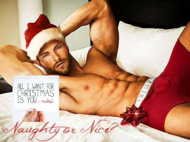 Ζώδια και Σεξ: Στείλε την πιο σέξι χριστουγεννιάτικη κάρτα σου!