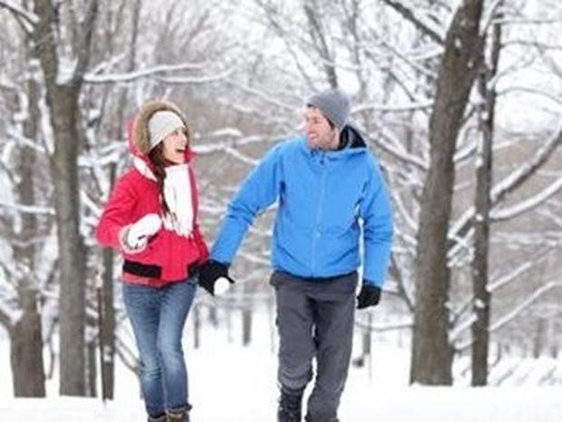 Ποιοι είναι οι πιο ωραίοι χριστουγεννιάτικοι προορισμοί στην Ελλαδα... για δύο;