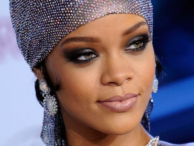 Τα 11 διαφορετικά είδη του smokey μακιγιάζ ματιών