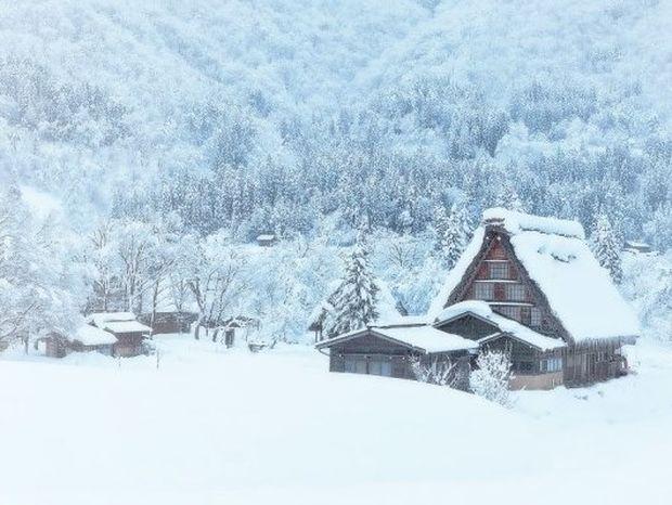 Σπιτάκια στη μέση του πουθενά, υπέροχα τοπία στο χιόνι