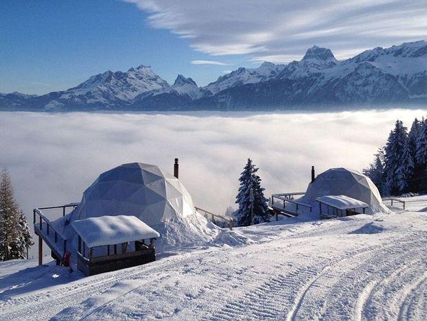 To απόλυτο resort για χειμώνα! Μοιάζει με igloo στην Ελβετία... αλλά δεν είναι!