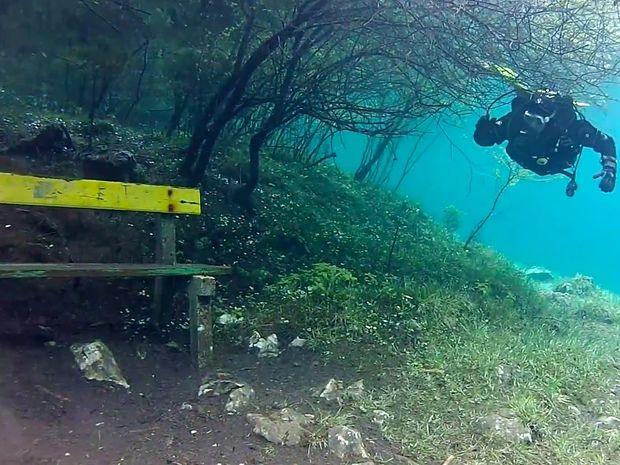 Green Lake: Το μαγευτικό υποβρύχιο πάρκο της Αυστρίας
