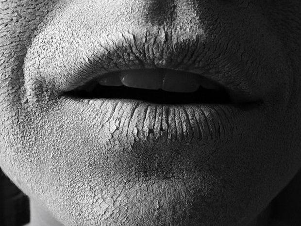 Αφυδάτωση: Τα μηνύματα που στέλνει το σώμα μας