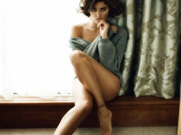Αποτέλεσμα εικόνας για Η στάση των γυναικείων ποδιών δείχνει πόσο σε θέλει