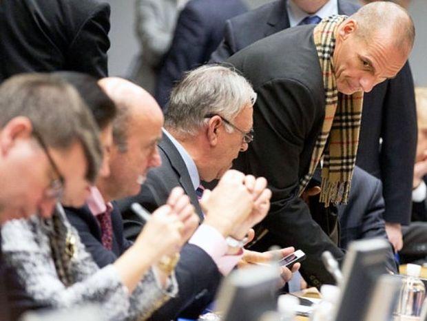 Αστρολογική επικαιρότητα 12/2: Περιοδικό Spiegel: Σκάνδαλο - Η Ελλάδα σνόμπαρε την Ευρώπη