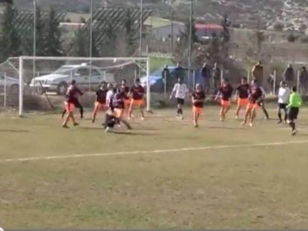 Γκολ διεθνής διαφήμιση για το ελληνικό ποδόσφαιρο από τον Α.Ο Σκοπέλου (video)