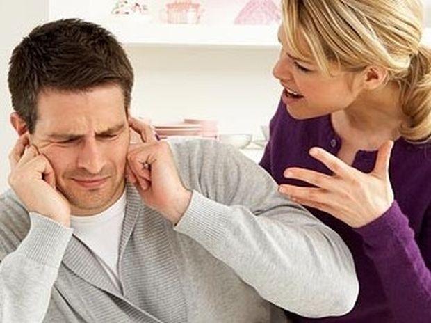 Σχέσεις: Τι να κάνετε για να σταματήσει τη γκρίνια