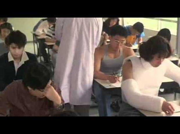 Δείτε πώς φοιτητές στην Ιαπωνία έκαναν το καλύτερο σκονάκι όλων των εποχών! (Βίντεο)