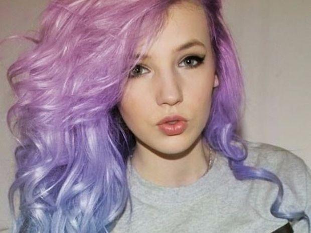 Θα βάφατε τα μαλλιά σας στα χρώμα του ουράνιου τόξου; Δείτε τη νέα μόδα που γίνεται όλο και πιο δημοφιλής!
