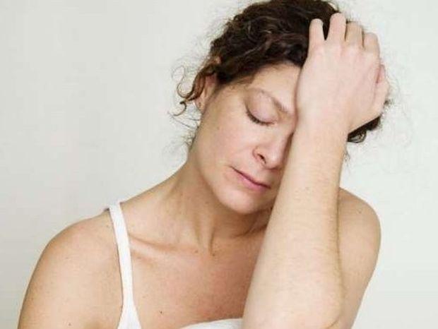 9 σημάδια που δείχνουν ορμονική ανισορροπία και τρόποι αντιμετώπισης