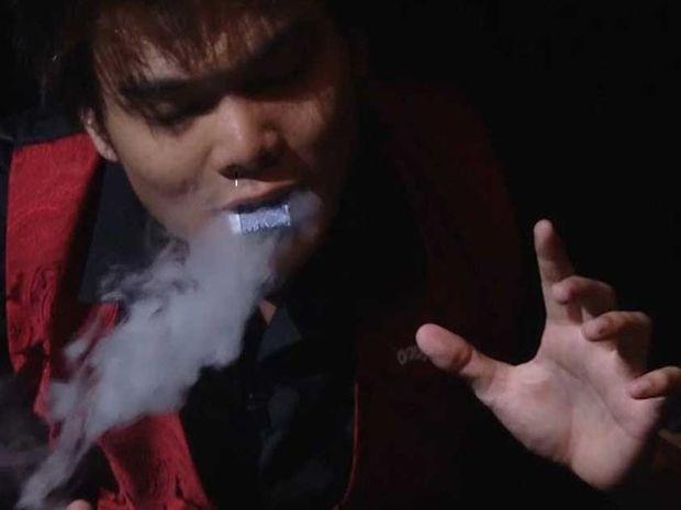 Ένας απίστευτα ταλαντούχος μάγος πάγωσε το κοινό με τα κόλπα του! (βίντεο)