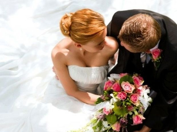 Τα 17 πράγματα που πρέπει να έχει κάνει μαζί ένα ζευγάρι πριν αποφασίσει να παντρευτεί
