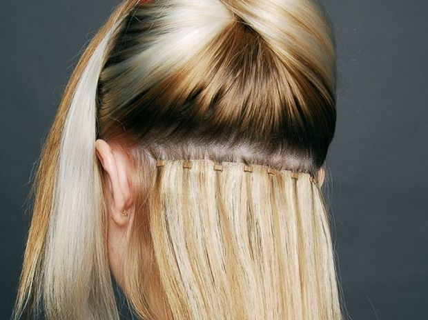 Εξτένσιονς μαλλιών: Ποιοι μόνιμοι κίνδυνοι κρύβονται;