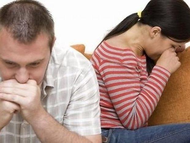 Πώς μπορεί ένας άνδρας να σε εκβιάζει συναισθηματικά