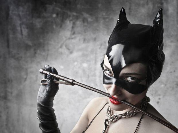 Ζώδια και roleplay sex: Ποια στολή θα τον ξετρελάνει;