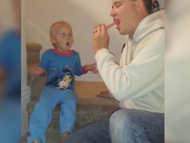 Δείτε την ξεκαρδιστική αντίδραση της μικρούλας στη φάρσα του μπαμπά της! (video)