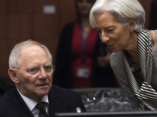 Η Ελλάδα μπροστά στον φόβο ενός 4ου Μνημονίου - Είναι υπαρκτός; Τι δείχνουν τα άστρα;