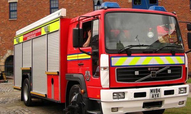 Έκαναν σεξ μέσα σε πυροσβεστικό όχημα – Η φωτογραφία - ντοκουμέντο που... άναψε φωτιές!