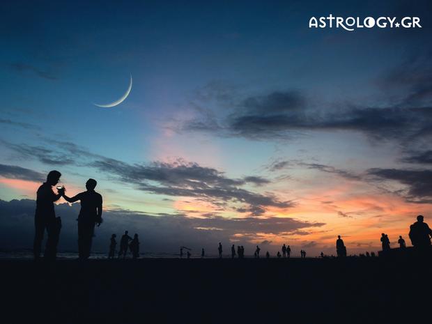 Ο συνδυασμός Νέας Σελήνης - Ηλιακής Έκλειψης που δίνει φαντασμαγορική αίγλη στην ατμόσφαιρα!