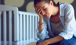 Γιατί οι κουρασμένες μητέρες δεν θέλουν να κοιμούνται νωρίς